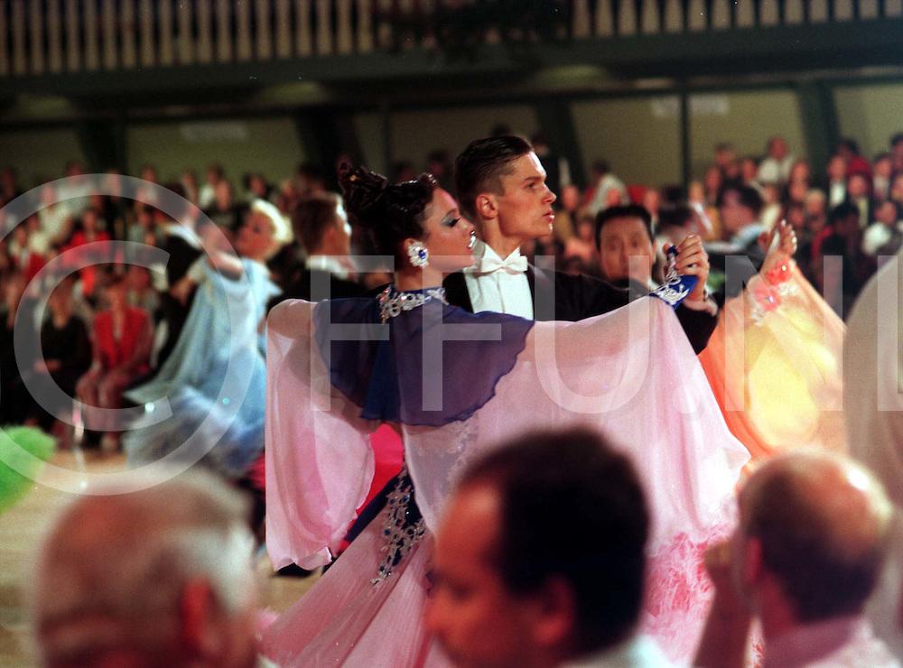 slagharen : dansen wedstrijden ..foto frank uijlenbroek@1995