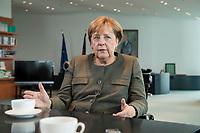 13 SEP 2017, BERLIN/GERMANY:<br /> Angela Merkel, CDU, Bundeskanzlerin, waehrend einem Interview, in Ihrem Buero, Bundeskanzlerin<br /> IMAGE: 20170917-01-011<br /> KEYWORDS: B&uuml;ro