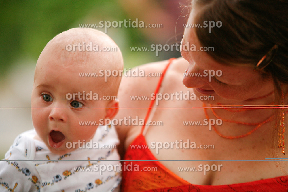 Mother and son. (Photo by Vid Ponikvar / Sportal Images)