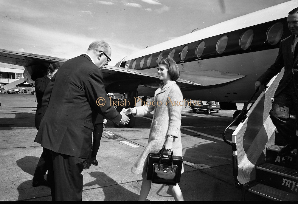 Princess Margaretha of Sweden and her husband, John Ambler, at Dublin Airport..28.04.1967
