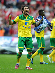 Norwich City's Bradley Johnson celebrates on the final whistle as Norwich City win promotion to the premier league   - Photo mandatory by-line: Joe Meredith/JMP - Mobile: 07966 386802 - 25/05/2015 - SPORT - Football - London - Wembley Stadium - Middlesbrough v Norwich - Sky Bet Championship - Play-Off Final