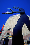 Image of the Seattle Art Museum with Hammering Man sculpture, Seattle, Washington, Pacific Northwest
