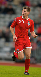 REYKJAVIK, ICELAND - Wednesday, May 28, 2008: Wales' Sam Vokes in action against Iceland during the international friendly match at the Laugardalsvollur Stadium. (Photo by David Rawcliffe/Propaganda)