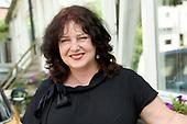 Marjolein Hurkmans tekent boekcontract bij Splint Media