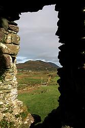 IRELAND KERRY IVERAGH PENINSULA 4NOV05 - Ballycarberry Castle near Cahersiveen on the Iveragh Peninsula in county Kerry, Irelands most westerly county...jre/Photo by Jiri Rezac..© Jiri Rezac 2005..Contact: +44 (0) 7050 110 417.Mobile: +44 (0) 7801 337 683.Office: +44 (0) 20 8968 9635..Email: jiri@jirirezac.com.Web: www.jirirezac.com..© All images Jiri Rezac 2005 - All rights reserved.
