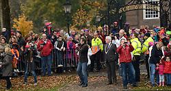 15-11-2014 NED: Intocht Sinterklaas, Maarssen<br /> Sinterklaas komt met de stoomboot in Maarssen aan.