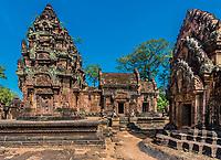 Banteay Srei hindu pink temple Cambodia