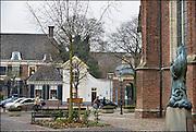 Nederland, Zutphen, 3-12-2014De opleiding tot rechter is vetrokken uit Zutphen. Dit is een gevoelige klap voor de lokale economie. Het goede nieuws is dat in het grote pand door de gemeente twee musea gehuisvest gaan worden. Het hotel links heeft de clientele flink zien dalen.FOTO: FLIP FRANSSEN/ HOLLANDSE HOOGTE