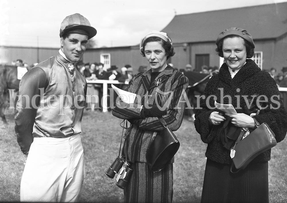 R1581<br />