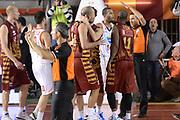 DESCRIZIONE : Campionato 2013/14 Acea Virtus Roma - Umana Reyer Venezia<br /> GIOCATORE : Team<br /> CATEGORIA : Arbitro Referee Mani Composizione<br /> SQUADRA : Umana Reyer Venezia<br /> EVENTO : LegaBasket Serie A Beko 2013/2014<br /> GARA : Acea Virtus Roma - Umana Reyer Venezia<br /> DATA : 05/01/2014<br /> SPORT : Pallacanestro <br /> AUTORE : Agenzia Ciamillo-Castoria / GiulioCiamillo<br /> Galleria : LegaBasket Serie A Beko 2013/2014<br /> Fotonotizia : Campionato 2013/14 Acea Virtus Roma - Umana Reyer Venezia<br /> Predefinita :