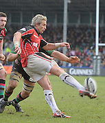 Twickenham, GREAT BRITAIN, Justin MARSHALL, kicking clear during the  Guinness Premiership match,  Harlequins vs Saracens at The Stoop Stadium, Surrey on Sat. 07.03.2009.  [Photo. Peter Spurrier/Intersport-images]