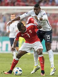 19.06.2016, Stade Pierre Mauroy, Lille, FRA, UEFA Euro, Frankreich, Schweiz vs Frankreich, Gruppe A, im Bild Breel Embolo (SUI), Paul Pogba (FRA) // Breel Embolo (SUI), Paul Pogba (FRA) during Group A match between Switzerland and France of the UEFA EURO 2016 France at the Stade Pierre Mauroy in Lille, France on 2016/06/19. EXPA Pictures © 2016, PhotoCredit: EXPA/ JFK