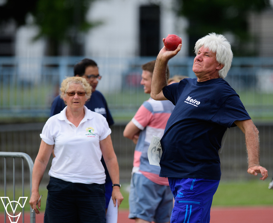 Metro Blind Sport's 2017 Athletics Open held at Mile End Stadium.  Shot put.  Roy Smith<br /> <br /> Picture: Chris Vaughan Photography for Metro Blind Sport<br /> Date: June 17, 2017