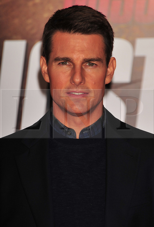 © Licensed to London News Pictures. 13/12/2011. London, England. Tom Cruise attends the UK premiere of Mission Impossible - Ghost Protocol at the IMAX in London .  Photo credit : ALAN ROXBOROUGH/LNP