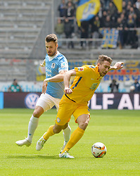 24.04.2016, Allianz Arena, Muenchen, GER, 2. FBL, TSV 1860 Muenchen vs Eintracht Braunschweig, 31. Runde, im Bild Christopher Schindler (TSV 1860 M&uuml;nchen), Patrick Schoenfeld (Eintracht Braunschweig), Gary Kagelmacher (TSV 1860 Muenchen), v.li. Aktion // during the 2nd German Bundesliga 31th round match between TSV 1860 Muenchen vs Eintracht Braunschweig at the Allianz Arena in Muenchen, Germany on 2016/04/24. EXPA Pictures &copy; 2016, PhotoCredit: EXPA/ Eibner-Pressefoto/ Buthmann<br /> <br /> *****ATTENTION - OUT of GER*****
