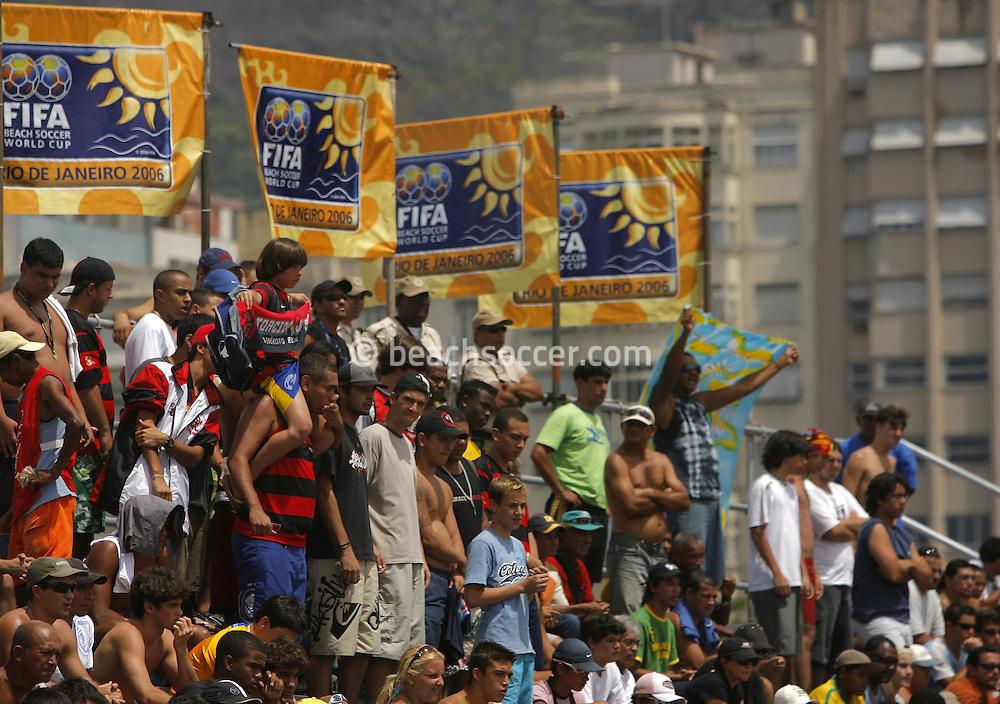 Football-FIFA Beach Soccer World Cup 2006 - Semi Finals, Brazil - Portugal, Beachsoccer World Cup 2006..Brasilian's fans Rio de Janeiro - Brazil 11/11/2006. Mandatory credit: FIFA/ Manuel Queimadelos