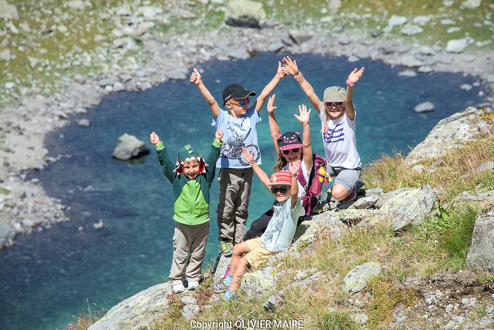Chandolin, le vendredi 31 juillet 2015 nouveau sentier didactique de la Chenegouga dans le Val d'Anniviers.<br /> Promenade, alpes, plages, enfant, famille, jeux, lac, vacances, tourisme, touriste, touristes, paysage alpin<br /> (PHOTO-GENIC.CH/ OLIVIER MAIRE)