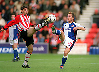 Roy Delap (Southampton) Barry Ferguson (Blackburn). Southampton v Blackburn Rovers. 25/10/03. Credit : Colorsport/Andrew Cowie.