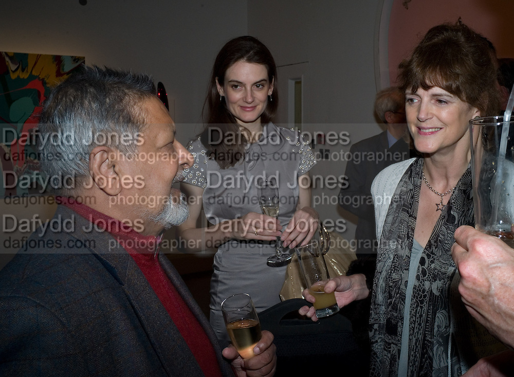 V.S. NAIPAUL;VIOLET FRASER; VIRGINIA FRASER, Master and Commanders by Andrew Roberts book launch. Sotheby's Bond Street . London. 13 October 2008 *** Local Caption *** -DO NOT ARCHIVE -Copyright Photograph by Dafydd Jones. 248 Clapham Rd. London SW9 0PZ. Tel 0207 820 0771. www.dafjones.com