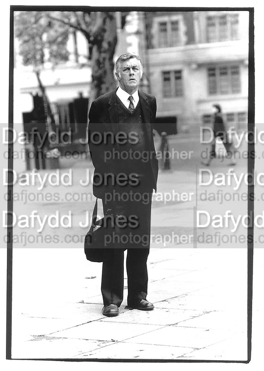 Richard Ingrams. July 1991. © Copyright Photograph by Dafydd Jones 66 Stockwell Park Rd. London SW9 0DA Tel 020 7733 0108 www.dafjones.com