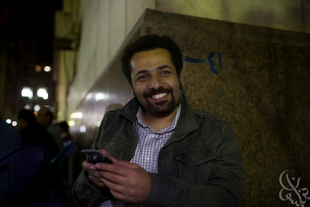 Egyptian blogger Wael Abbas poses for a portrait March 08, 2009 at a cafe frequented by political activists in Cairo, Egypt. In recent years, Egyptian bloggers have faced increased political pressure and in some cases even detention, arrest or trial in cases where their writings angered the Egyptian government. .