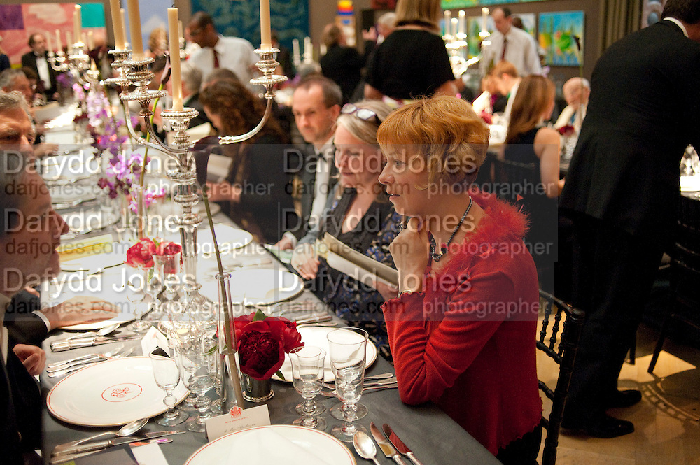 ROYAL ACADEMY ANNUAL DINNER, Royal Academy of Arts Annual dinner. Royal Academy. Piccadilly. London. 1 June <br /> <br />  , -DO NOT ARCHIVE-© Copyright Photograph by Dafydd Jones. 248 Clapham Rd. London SW9 0PZ. Tel 0207 820 0771. www.dafjones.com.