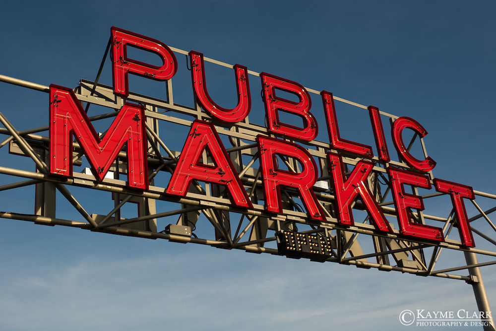 Entrance to downtown Wenatchee's Pybus Market