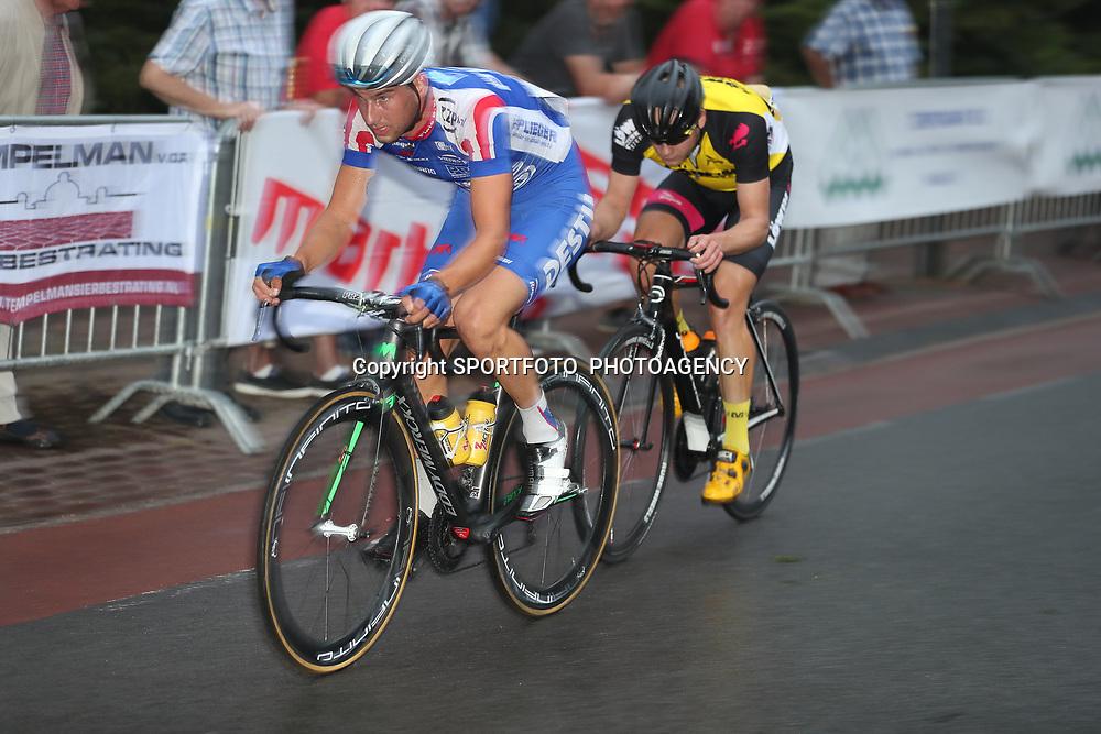 19-08-2016: Wielrennen: Ronde van Markelo: Markelo   <br />MARKELO (NED) wielrennen  <br />Joey van Rhee in een aanval