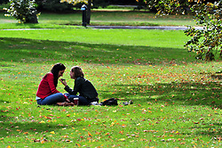 © Licensed to London News Pictures. 10/09/2018<br /> GREENWICH, UK.<br /> Sunny South East weather with some Autumn leaves on the ground in Greenwich Park,Greenwich.<br /> Photo credit: Grant Falvey/LNP