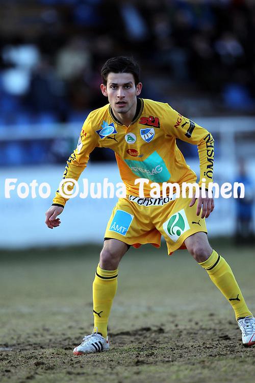 22.4.2012, Tehtaan kentt, Valkeakoski..Veikkausliiga 2012..FC Haka - IFK Mariehamn..Rezgar Amani - IFK Mhamn
