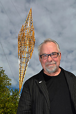 Christchurch-Neil Dawson sculpture, the Spire unveiled