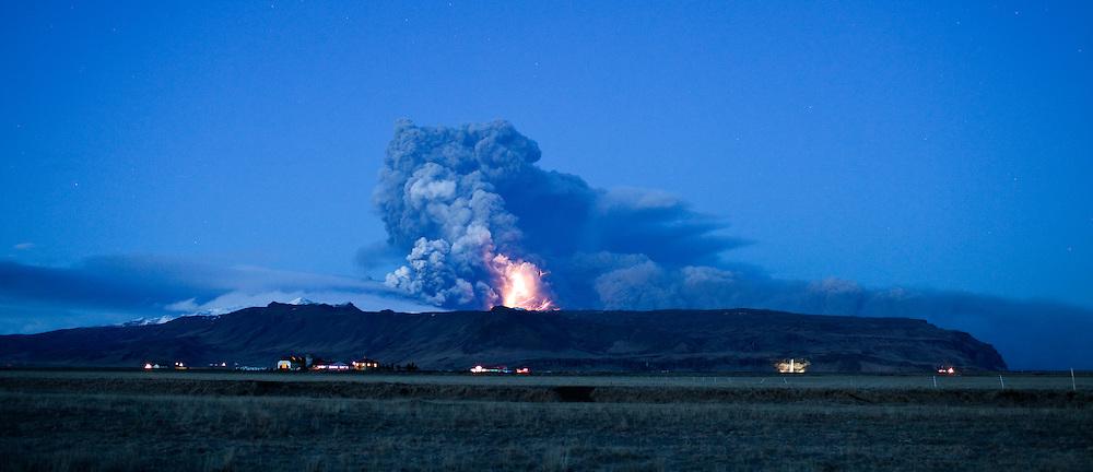 Volcanic eruption in Eyjafjallajokull, Iceland - Eldgos í Eyjafjallajökli