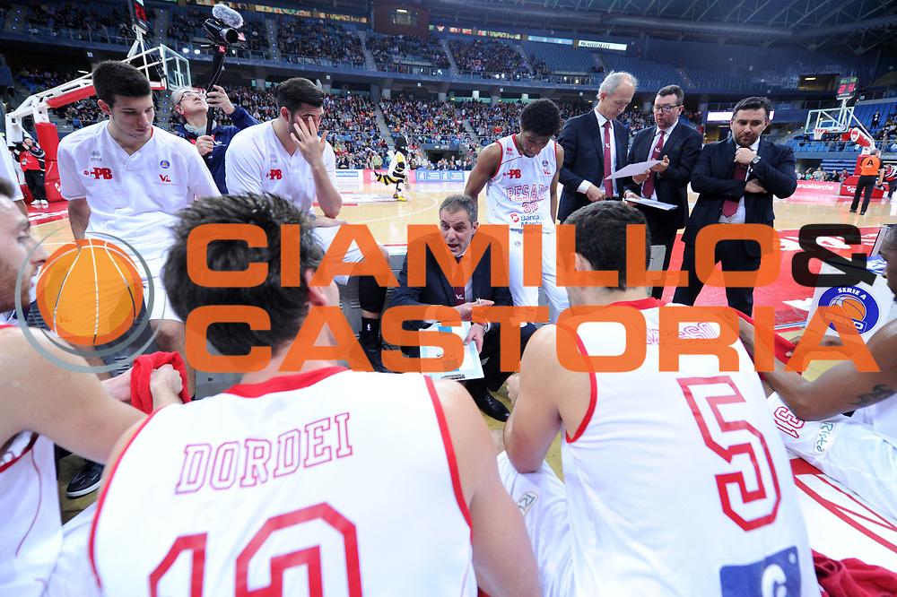 DESCRIZIONE : Pesaro Lega A 2013-14 VL Pesaro Sutor Montegranaro<br /> GIOCATORE : Sandro Dell Agnello<br /> CATEGORIA : coach ritratto time out<br /> SQUADRA : VL Pesaro Sutor Montegranaro<br /> EVENTO : Campionato Lega A 2013-2014<br /> GARA : VL Pesaro Sutor Montegranaro<br /> DATA : 23/02/2014<br /> SPORT : Pallacanestro <br /> AUTORE : Agenzia Ciamillo-Castoria/C.De Massis<br /> Galleria : Lega Basket A 2013-2014  <br /> Fotonotizia : Pesaro Lega A 2013-14 VL Pesaro Sutor Montegranaro<br /> Predefinita :