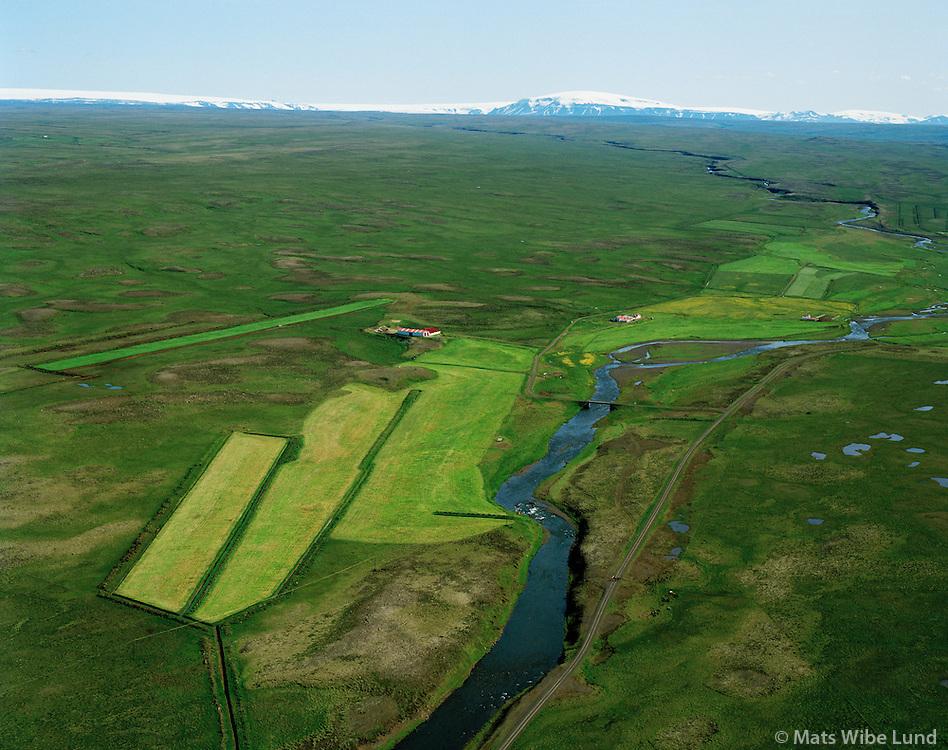 Efri-Fitjar og Neðri-Fitjar séð til suðurs, Þorkelshólshreppur / Efri-Fitjar and Nedri-Fitjar viewing south, Thorkelsholshreppur