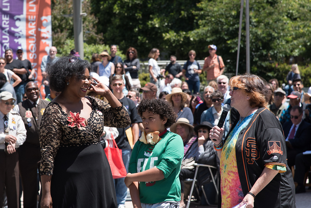 Jazz Singer Amanda King Performing in the Amateur Competition at the 54th Annual Cable Car Bell Ringing Contest   July 13, 2017