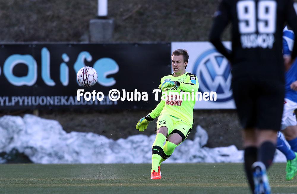 2.4.2016, Myyrm&auml;en jalkapallostadion, Vantaa.<br /> Veikkausliiga 2016.<br /> Pallokerho-35 Vantaa - Rovaniemen Palloseura.<br /> Ricardo Schuck Friedrich - RoPS