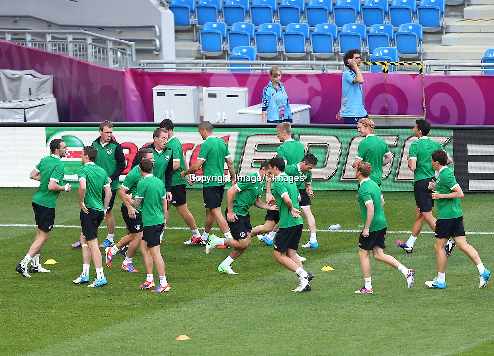 Euro 2012 Ireland Training Poznan Poland 17 June 2012 Football in the UEFA European Championship 2012 in Poland and the Ukraine Country game Group stage Italy vs Ireland Preliminary reports Conclusion of training IRL Picture shows The Players from Ireland. Photo By Imago/ i-Images