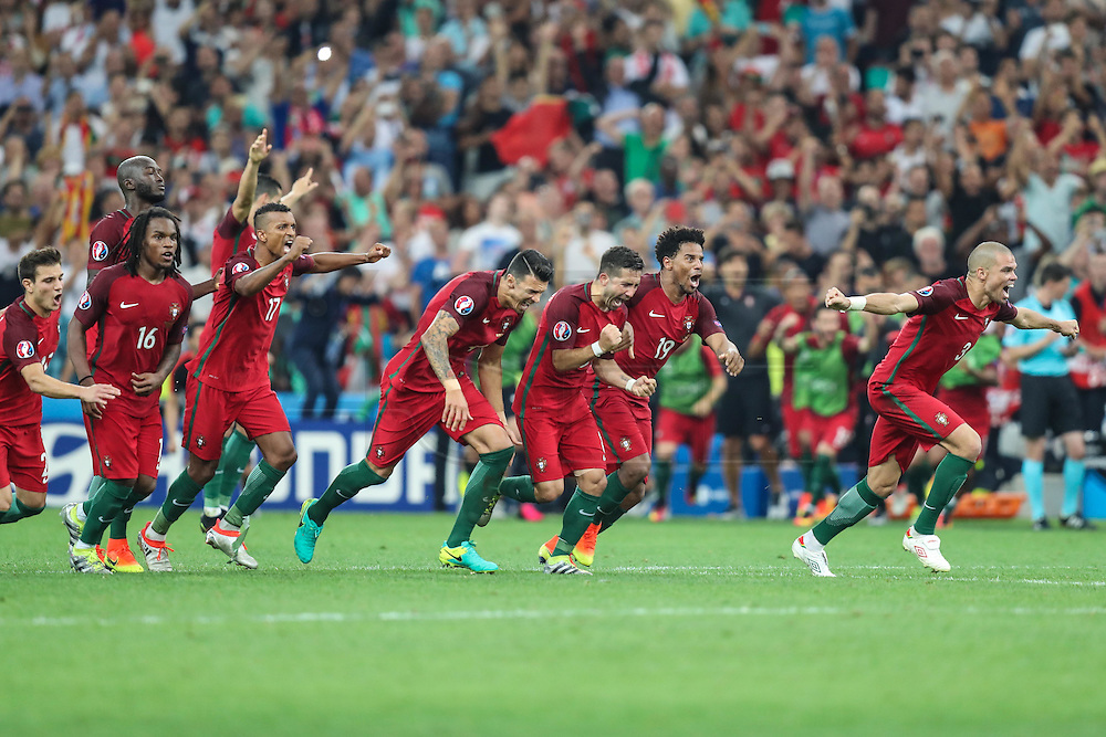 Players Portugal in the match against Poland valid for the quarterfinals of Euro 2016 at the Velodrome stadium in Marseille, on Thursday (30).