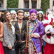 NLD/Amsterdam/20170925 - Presentatie A Christmas Carol 2017, Glennis Grace, Yolanthe Cabau van Kasbergen, Buddy Vedder, Martijn Fischer, kerstman