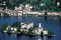 Italie, Piémont, Lac d'Orta, île San Giulio, Orta San Giuli // San Giulio Island, Lake of Orta, Piemont, Italy