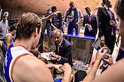 DESCRIZIONE : Reggio Emilia LegaBasket Serie A 2015-2016 Grissin Bon Reggio Emilia - Acqua Vitasnella Cantu'<br /> GIOCATORE : Fabio Corbani<br /> CATEGORIA : Allenatore Coach Time Out<br /> SQUADRA : Acqua Vitasnella Cantu'<br /> EVENTO : LegaBasket Serie A 2015-2016<br /> GARA : Grissin Bon Reggio Emilia - Acqua Vitasnella Cantu'<br /> DATA : 17/10/2015<br /> SPORT : Pallacanestro<br /> AUTORE : Agenzia Ciamillo-Castoria/GiulioCiamillo