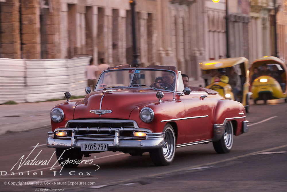 Vintage car on the streets of Havana, Cuba.