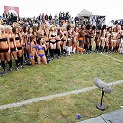 NLD/Amsterdam/20080518 - Opname strafschoppen EK Lingerie, alle teams