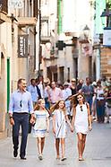 080617 Spanish Royals visit Soller