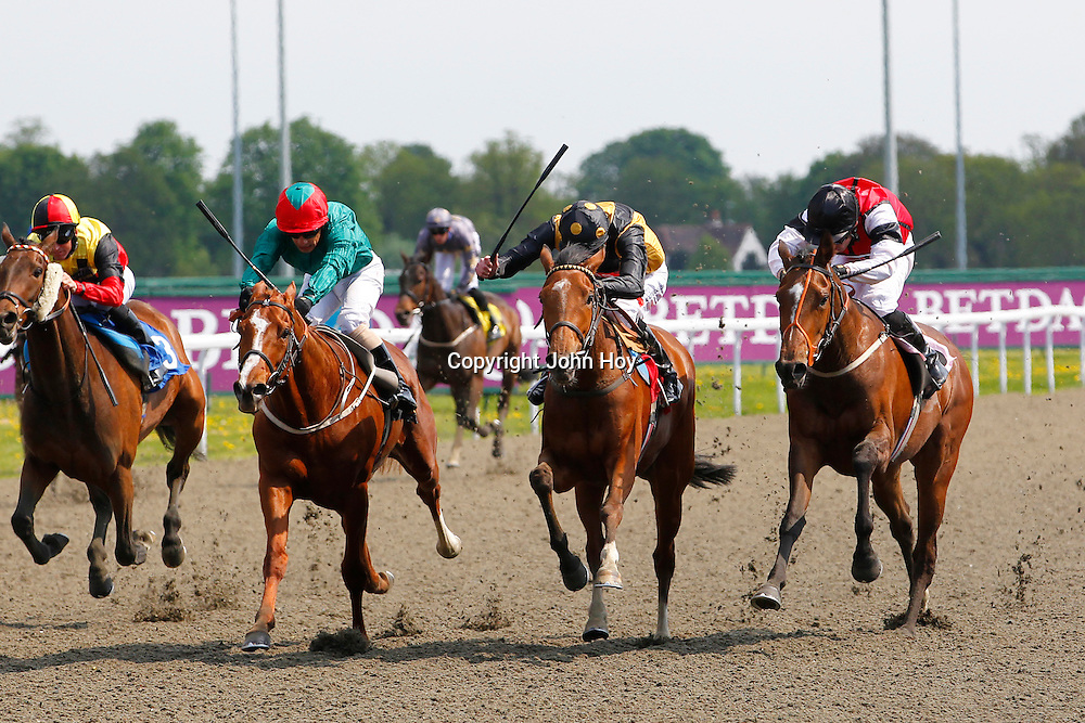 Miss Tiger Lily and James Doyle winning 2.40 race