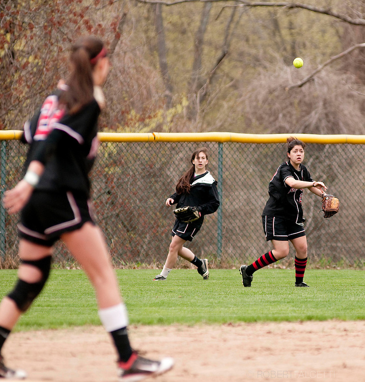 The Pomfret School, Pomfret, CT. 2010-2011. Varsity Softball.  (Photo by Robert Falcetti). .