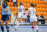 ROTTERDAM -   Lana Kalse (Adam) scoort, dames Amsterdam-Laren  ,hoofdklasse competitie  zaalhockey.   COPYRIGHT  KOEN SUYK