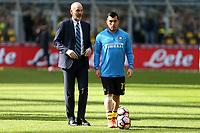 12.3.17, Milano, stadio Giuseppe Meazza, 28.a giornata di Serie A, INTER-ATALANTA, nella foto:  Stefano Pioli e Gary Medel