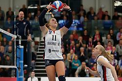20190131 NED: Semi Final Cup Sliedrecht Sport - Eurosped, Sliedrecht <br />Ana Rekar (11) of Sliedrecht Sport , Demi Korevaar (8) of Sliedrecht Sport <br />©2019-FotoHoogendoorn.nl / Pim Waslander