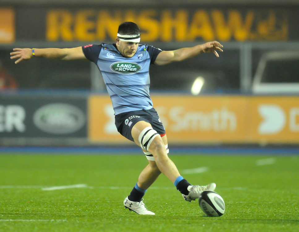 Cardiff Blues' Ellis Jenkins In Action in todays match<br /> <br /> Photographer Mike Jones/Replay Images<br /> <br /> Guinness PRO14 Round 14 - Cardiff Blues v Cheetahs - Saturday 10th February 2018 - Cardiff Arms Park - Cardiff<br /> <br /> World Copyright © Replay Images . All rights reserved. info@replayimages.co.uk - http://replayimages.co.uk